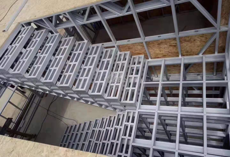 内部楼梯框架